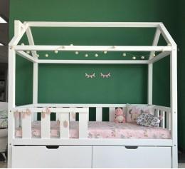Детская кровать-домик «Киндом»