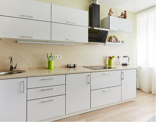 Кухня пластик. Белый цвет