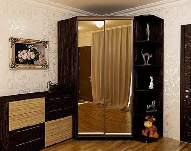 Шкаф-купе угловой- 15 зеркальеый